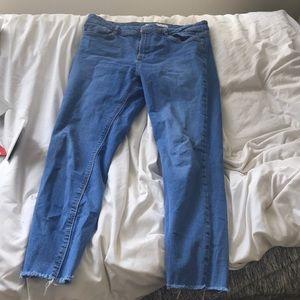 Zara ankle skinny jeans (fits like a size 28)